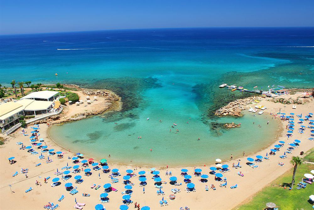 обязательна ли страховка на Кипр